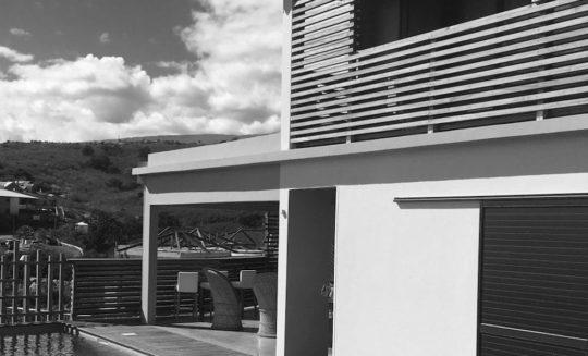 Projet case 10 en noir et blanc